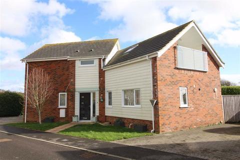 3 bedroom detached house for sale - The Pines, Hordle, Lymington