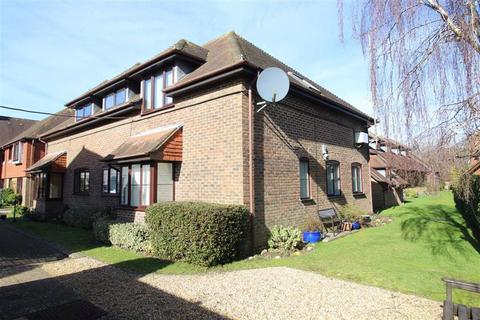 2 bedroom flat for sale - Fernhill Lane, New Milton, Hampshire
