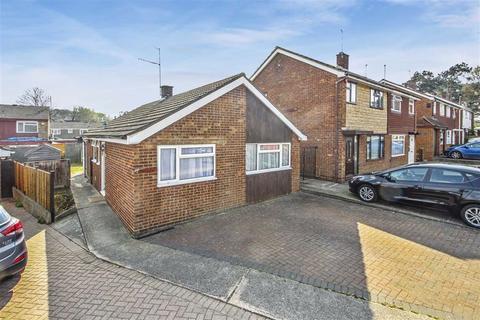 2 bedroom detached bungalow for sale - Archers Wells, Bletchley, Milton Keynes
