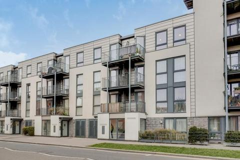 2 bedroom apartment for sale - Flat 6, Iris Court 103, Lanacre Avenue, London, NW9 5AN
