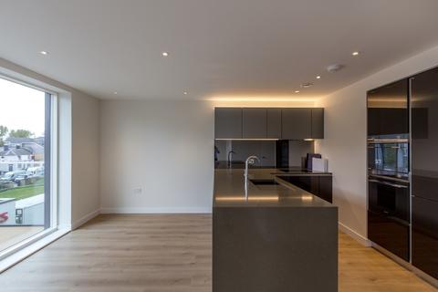 2 bedroom flat to rent - Easton House, Heritage Walk, Brentford TW8