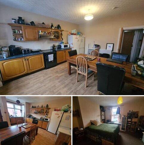 4 bedroom house share to rent - Beechwood View, Burley, Leeds LS4