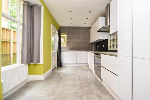 3 bedroom terraced house to rent - Beaumont Road, Bournville, Birmingham, West Midlands, B30