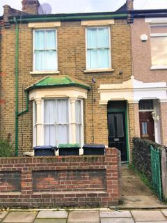 5 bedroom terraced house to rent - Foyle Road, London N17