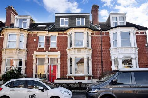 2 bedroom flat for sale - Whitwell Road, Southsea, Hampshire