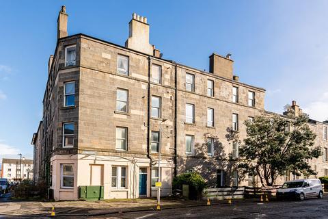 2 bedroom flat to rent - Spey Terrace, Pilrig, Edinburgh, EH7