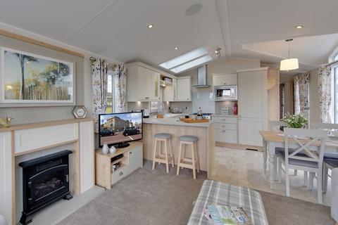 2 bedroom mobile home for sale - Willerby Vogue, Hale, Milnthorpe LA7 7BS