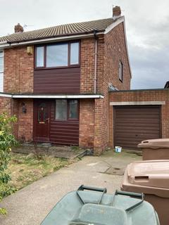2 bedroom semi-detached house for sale - St. Anselm Road, North Shields, Tyne and Wear, NE29 8BG