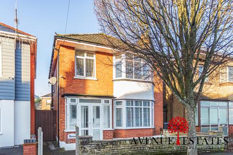 3 bedroom detached house for sale - Morden Road, Bournemouth BH9