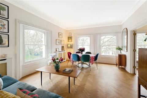 2 bedroom flat for sale - Cornwall Gardens, London, SW7