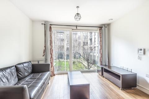 Studio to rent - Pell Street London SE8