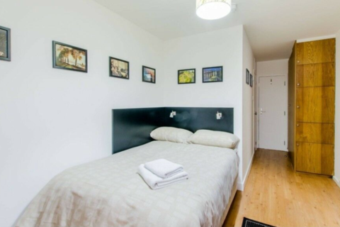 Studio to rent - Finchley Road, London NW3