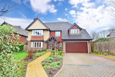 5 bedroom detached house for sale - Leybourne Place, Felbridge, East Grinstead, Surrey