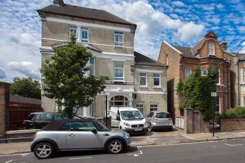 2 bedroom flat to rent - Ouseley Road, Balham, SW12
