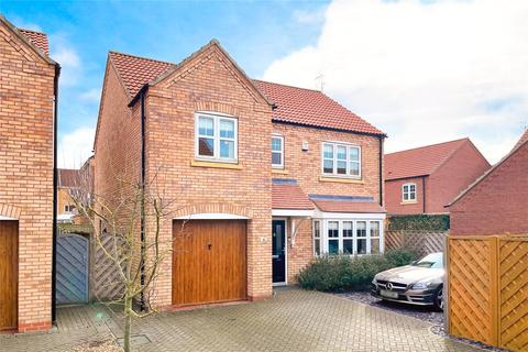 4 bedroom detached house for sale - New Forest Way, Kingswood, Hull, HU7