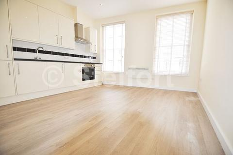 1 bedroom apartment to rent - Holloway Road, London, N7