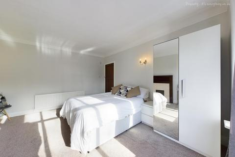 2 bedroom ground floor flat to rent - Rothbury Terrace, Heaton, Newcastle Upon Tyne, Tyne and Wear, NE6 5DB
