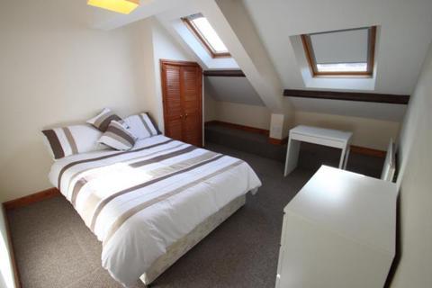 1 bedroom flat share to rent - Addycombe Terrace,  Heaton, Newcastle Upon Tyne, Tyne & Wear, NE6 5NB