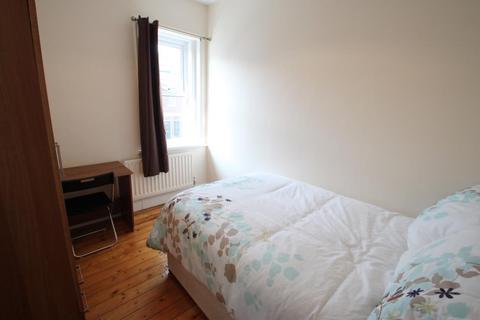 1 bedroom house share to rent - Spencer Street, Heaton, Newcastle Upon Tyne, NE6 5DA