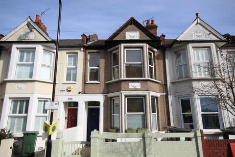 2 bedroom flat to rent - Erskine Road, Walthamstow, E17