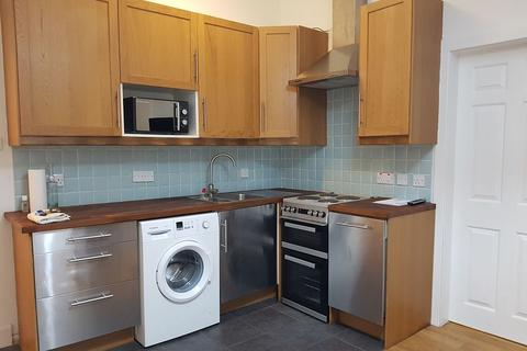 1 bedroom flat to rent - North Junction Street, Edinburgh    Available Now