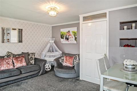 2 bedroom apartment for sale - Hazel Road, Abronhill, G67