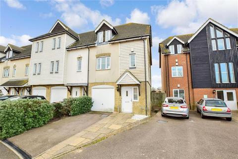 3 bedroom townhouse for sale - Saddlers Mews, Ramsgate, Kent