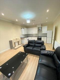 2 bedroom flat to rent - Freeland W5
