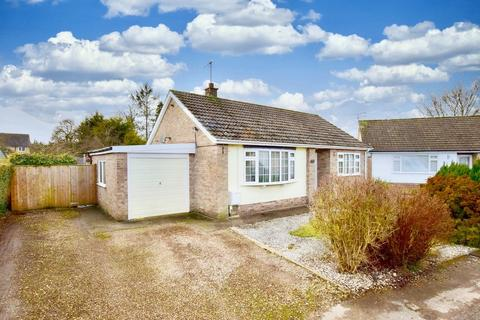 2 bedroom detached bungalow for sale - Percy Road, Pocklington