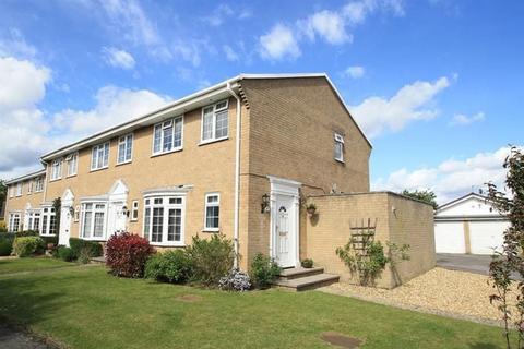 3 bedroom end of terrace house for sale - Warren Walk, Ferndown