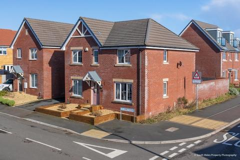 4 bedroom detached house for sale - Crib Y Sianel, Rhoose Point, Rhoose, Vale of Glamorgan, CF62 3NB