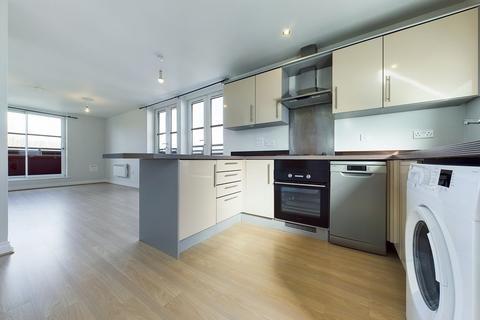 2 bedroom flat to rent - Watkin Road, Leicester