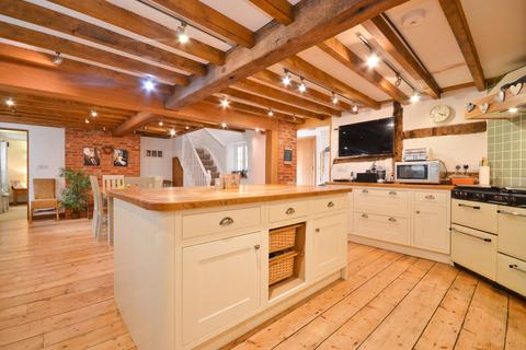 3 bedroom detached house for sale - Godshill, Isle of Wight