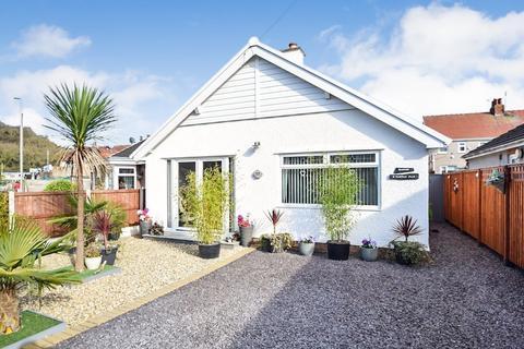 2 bedroom detached bungalow for sale - Penrhyn Bay, Llandudno