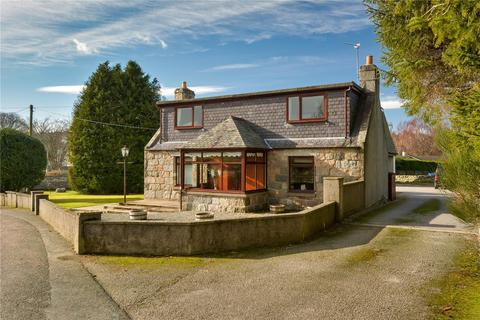 5 bedroom property with land for sale - Gate Lodge, Midmar, Inverurie, AB51