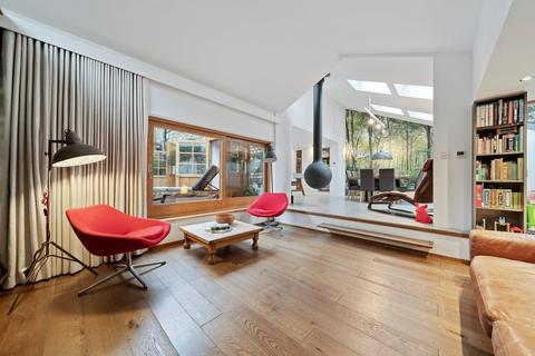 3 bedroom detached house for sale - Cecile Park, Crouch End N8