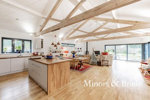 5 bedroom barn conversion for sale - Hall Lane, Horstead With Stanninghall