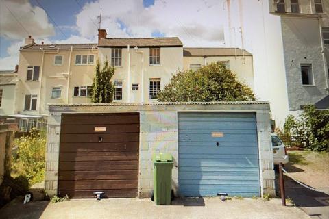 Garage to rent - Sidney Street, Cheltenham