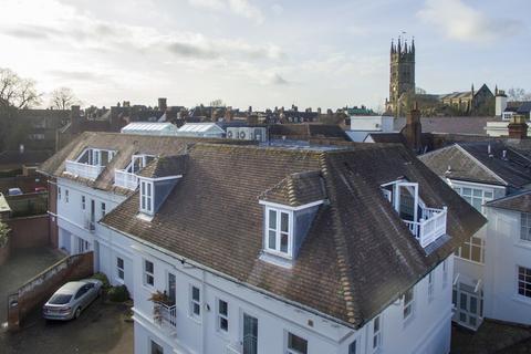 4 bedroom penthouse for sale - Castle Lane, Warwick