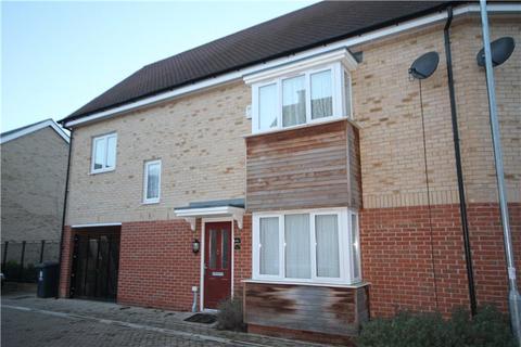 3 bedroom semi-detached house to rent - Foxglove Way, Cambridge, CB4