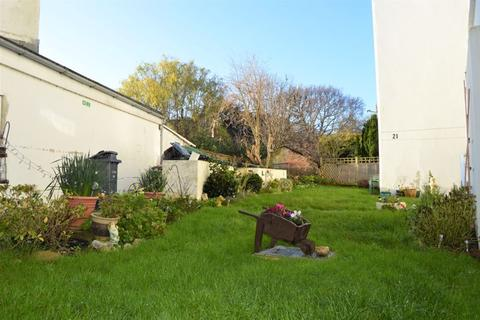 1 bedroom apartment to rent - Grange Road, Shanklin