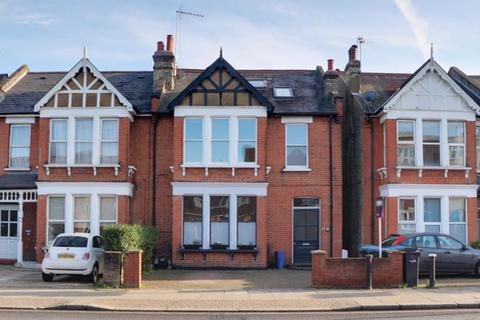 2 bedroom apartment for sale - Brownlow Road, Bounds Green, N11