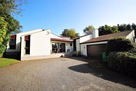 5 bedroom detached bungalow for sale - Middleacre, Cupar Road, Largoward, Fife, KY9