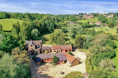 6 bedroom detached house for sale - The Old Mill House, 1 Branston Road, Eaton