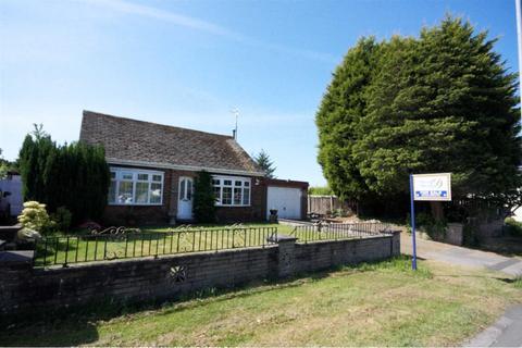 2 bedroom detached bungalow for sale - Cross Pit Lane, Rainford