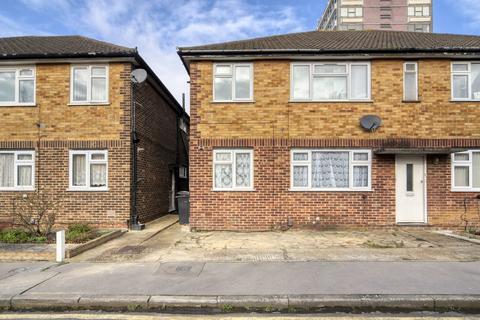 2 bedroom maisonette for sale - Kemsing Close, Thornton Heath, CR7