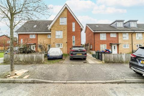 4 bedroom semi-detached house for sale - Southampton Gardens, Mitcham, CR4