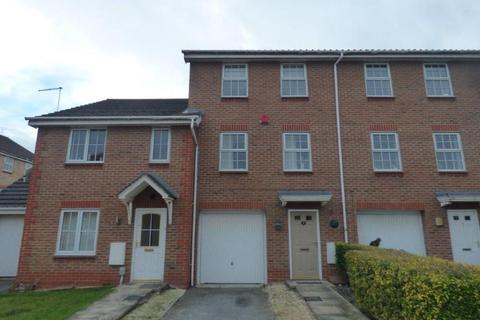 3 bedroom townhouse for sale - Dearne Court, Brough
