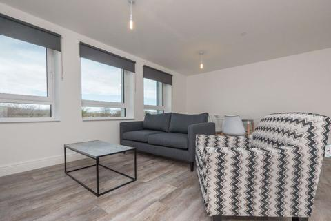 2 bedroom flat to rent - ELFIN SQUARE, EMBANKMENT WEST, EH11 3AW