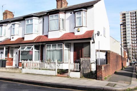 3 bedroom end of terrace house for sale - Waverley Road, Tottenham, N17